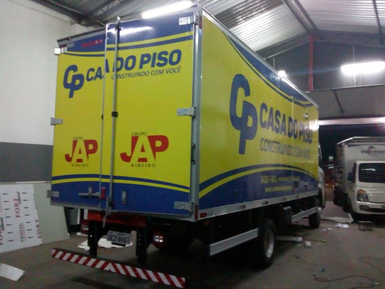 Adesivo-Casa-dos-Pisos-02